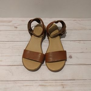 🌸🌸Genuine leather sandlas by Timberland 🍀🍀